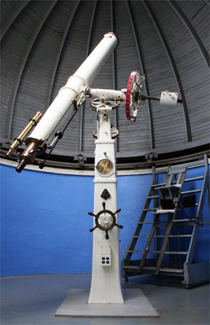 Photo: Vintage Observatory Telescope. Photo by James Guilford.
