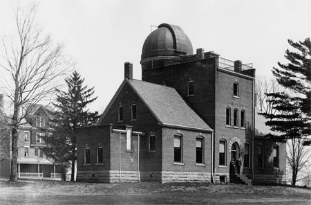 Photo: Teachout Library & Observatory. Hiram College