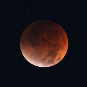 2007 Total Lunar Eclipse. Photo by James Guilford.
