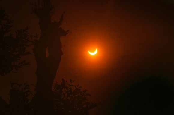 Photo: This photo shows the March 2016 solar eclipse as seen from South Tangerang, Indonesia. Credit: Photo copyright Ridwan Arifiandi; Creative Commons license CC BY-NC 2.0